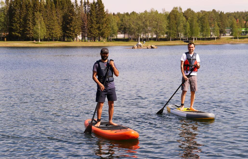 Paddle a SUP @Storuman Lapland